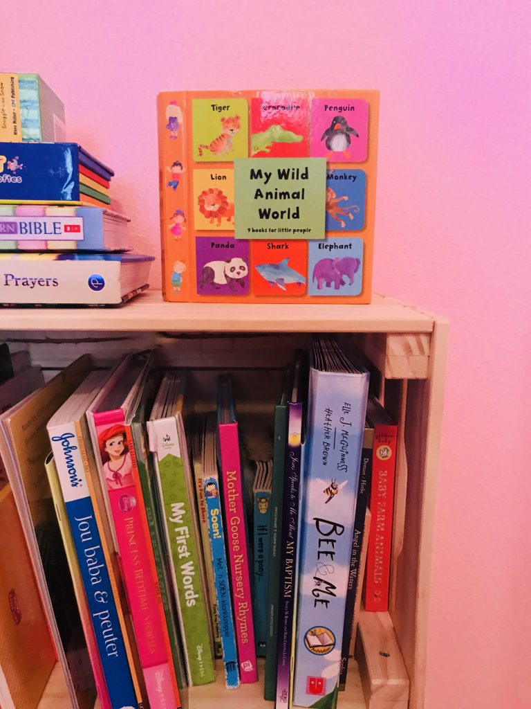 IKEA Playroom Hacks for Bookshelf