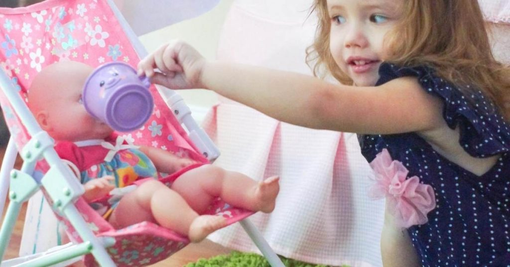 Ideas for Pretend Play Activities for Toddlers At Home